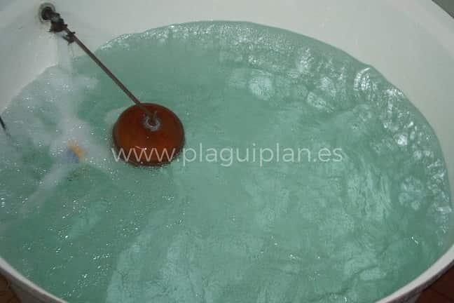 desinfectar un depósito de agua potable